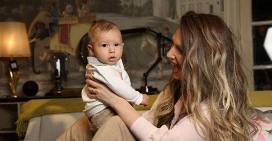 adela popescu cu bebe