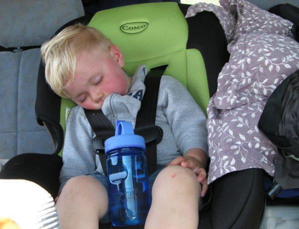 scaun auto bebelusi