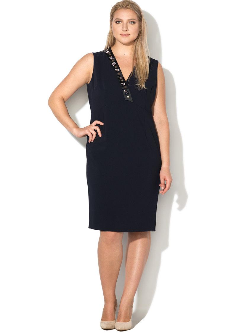 rochie plus size de zi neagra