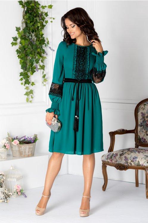 rochii de toamna eleganta in pliuri cu detalii vintage