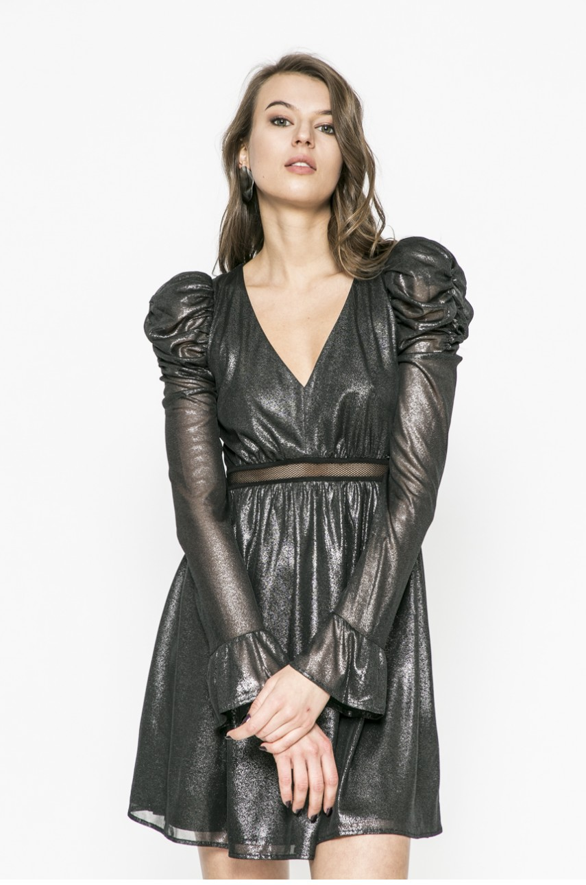 rochii de toamna elegante umeri voluminosi 5
