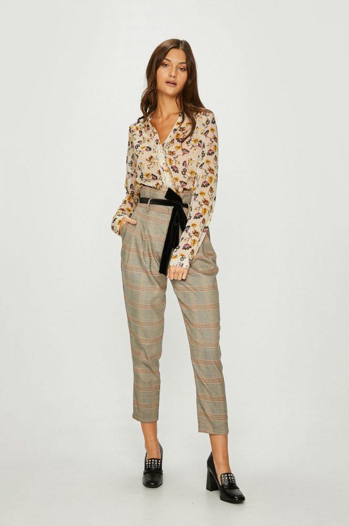 pantaloni office dama in carouri