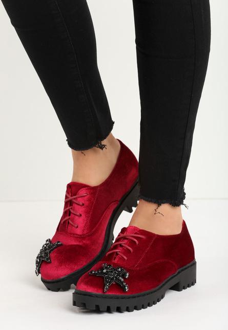 Pantofi rosii - brodati