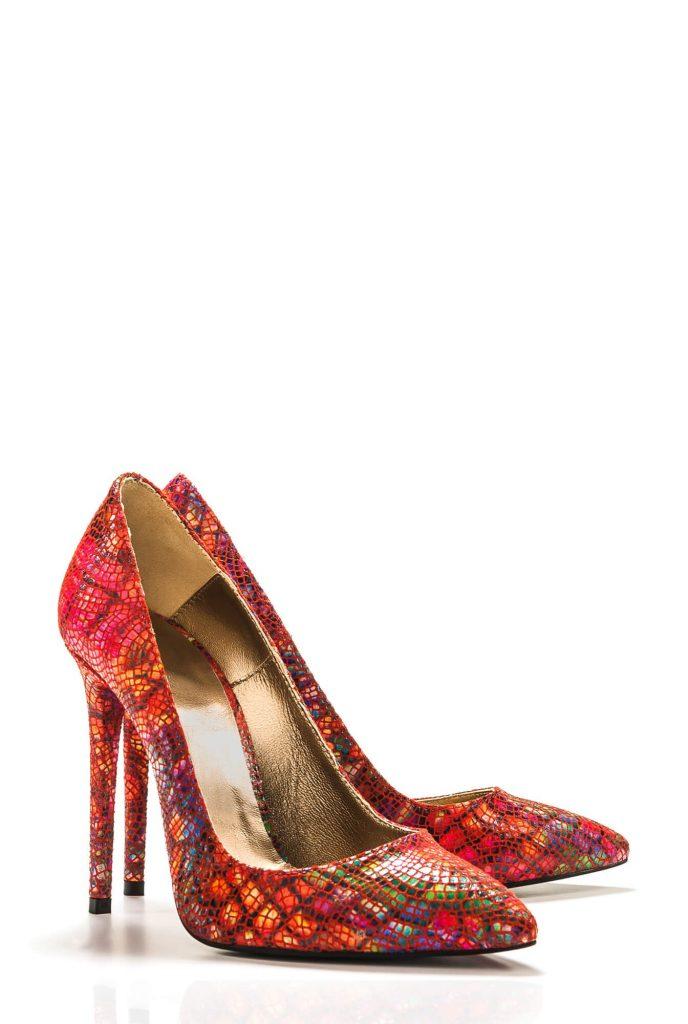 Pantofi rosii - sarpe