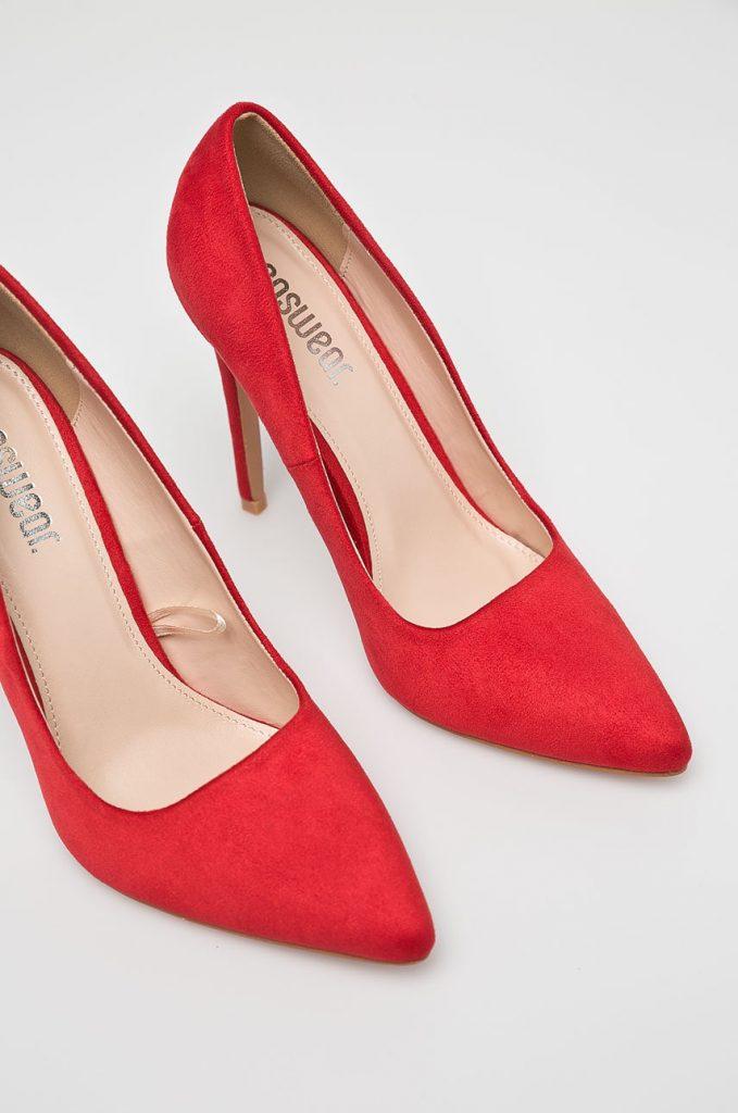 Pantofi rosii - stiletto