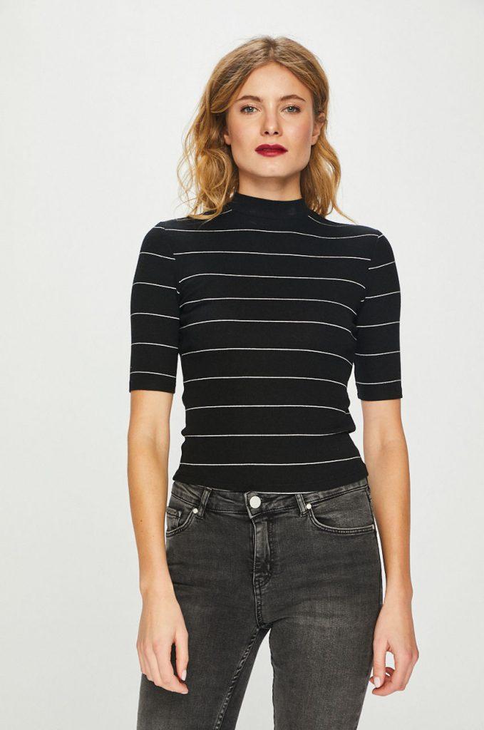 tricouri femei - guler