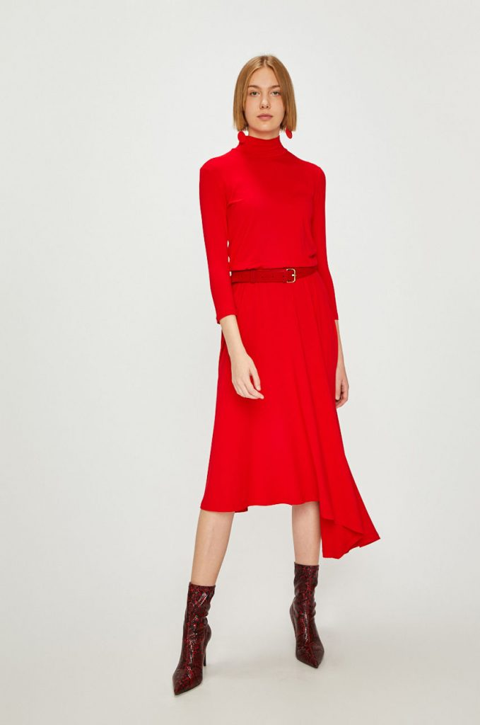 rochii rosii lungi asimetrice