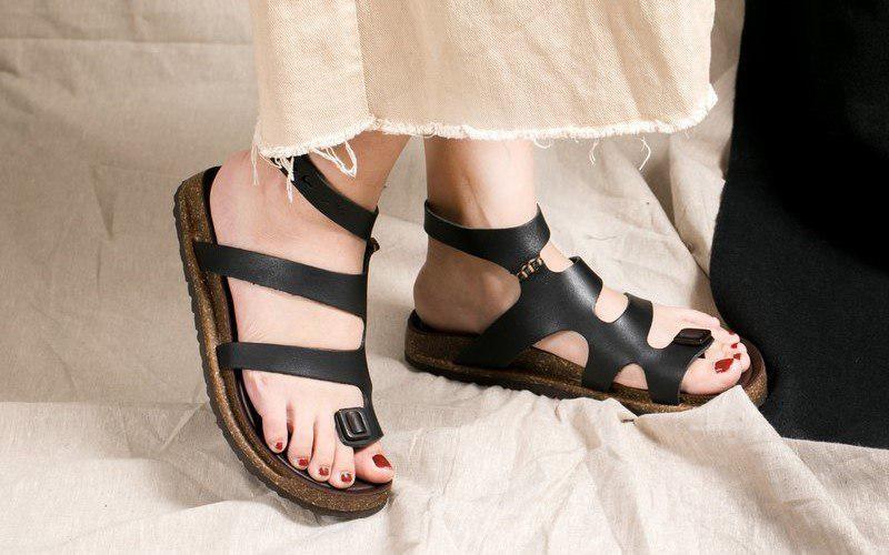 sandale romane online