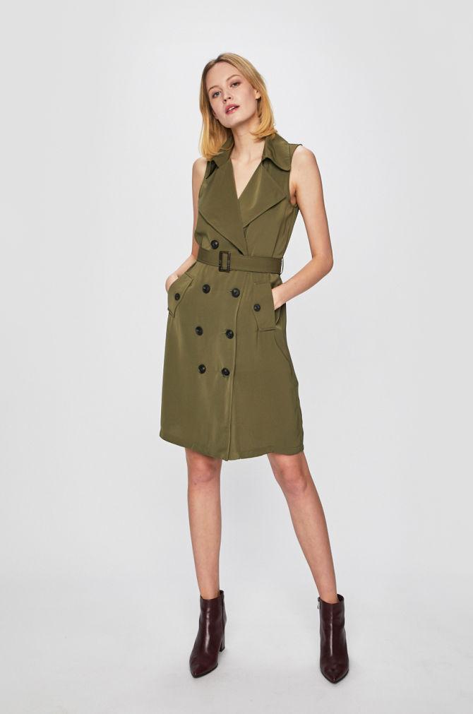vesta dama rochita