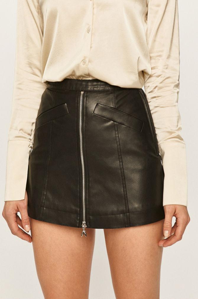 pantalon-fusta-din-piele
